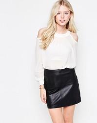 Блузка с открытыми плечами Daisy Street - Кремовый