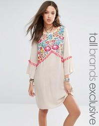 Платье-туника с вышивкой в стиле фолк Liquor And Poker Tall - Кремовый