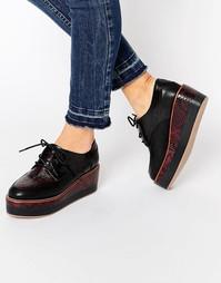 Ботинки на толстой платформе со шнуровкой ALDO - Бордо