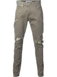 джинсы кроя слим с потертой отделкой monkey time