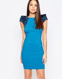 Платье-футляр с кружевными вставками на плечах Vesper Rogue - Синий