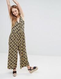 Комбинезон в стиле 70‑х с юбкой-шортами и принтом Monki - Черный