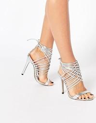 Сандалии на каблуке с решетчатым дизайном Public Desire Mona