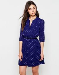 Платье с поясом, рукавами 3/4 и блестящим звездным принтом Yumi