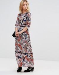 Платье макси с принтом и контрастной отделкой Style London