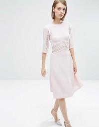 Короткое приталенное платье миди с кружевными вставками ASOS - Розовый