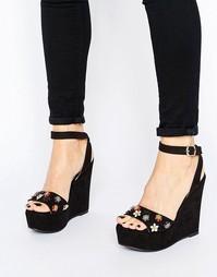 Черные сандалии на танкетке с декоративной отделкой Glamorous - Черный