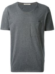 футболка с карманом  Nudie Jeans Co