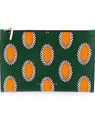 клатч с африканским орнаментом Victoria Beckham