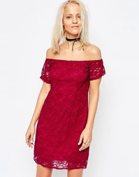Кружевное платье с открытыми плечами Glamorous - Burgandy