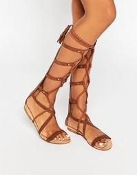 Высокие сандалии-гладиаторы Glamorous - Коричневый