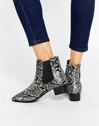 Ботинки челси на низком блочном каблуке ASOS AMBER - Snake mono