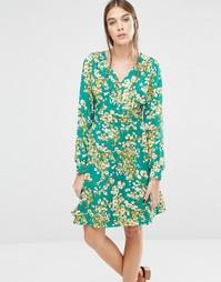 Платье в стиле 70-х с цветочным принтом Trollied Dolly Super Swingy