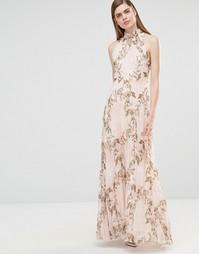 Плиссированное платье макси с принтом роз и высокой горловиной True Vi