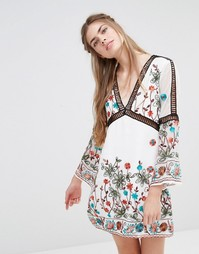 Платье с длинными рукавами и вышивкой Endless Rose
