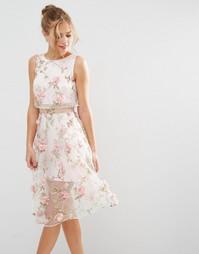 Розовое платье миди с укороченным топом и цветочной отделкой с 3D эффе Asos