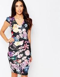 Платье-футляр с цветочным принтом и сборками Jessica Wright Abi