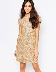 Платье с цветочным узором и короткими рукавами Mela Loves London