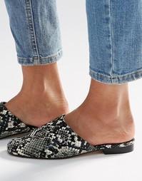 Туфли на плоской подошве ASOS MOTH - Snake