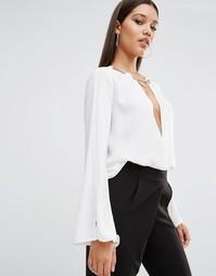 Блузка с запахом спереди и золотистой отделкой TFNC - Белый