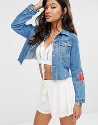 Джинсовая куртка с принтом звезд Boohoo - Синий