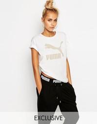 Oversize-футболка бойфренда с золотистым логотипом Puma - Белая пума