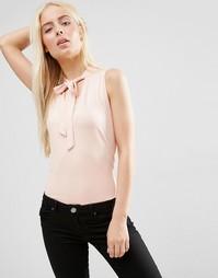 Блузка без рукавов с бантом‑завязкой ASOS - Телесный