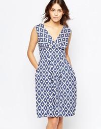 Платье с V‑образным вырезом и асимметричным принтом Closet