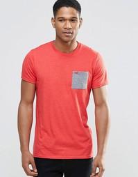 Красная футболка с контрастным карманом и круглым вырезом Hollister