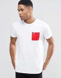 Белая футболка с круглым вырезом и контрастным карманом Hollister