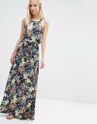 Платье макси с цветочным принтом и квадратной горловиной QED London