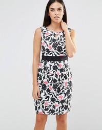 Платье-футляр с камуфляжным тропическим принтом Uttam Boutique