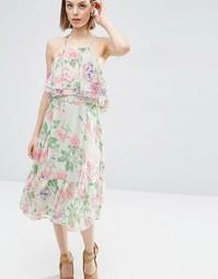 Платье миди с цветочным принтом и оборками ASOS - Мульти