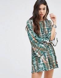 Свободное платье с рукавами-колокол и глубоким вырезом сзади Rokoko