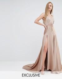 Атласное платье макси с высоким разрезом Fame and Partners Royal
