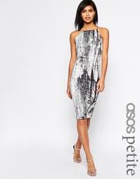 Платье миди с абстрактным принтом ASOS PETITE - Мульти