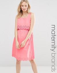 Летнее платье для беременных с отделкой кроше Mamalicious Femmy Mama.Licious
