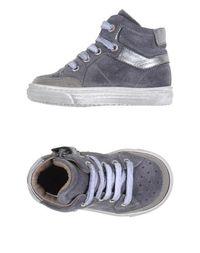 Низкие кеды и кроссовки Grant GarÇon