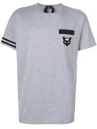 футболка с заплаткой на груди Nº21