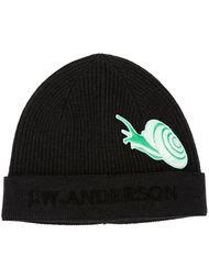 шапка-бини с вышитым логотипом J.W. Anderson