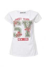 Футболка Sweet Years
