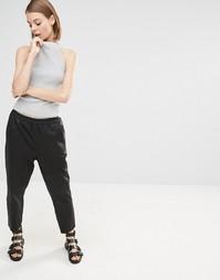 Укороченные кожаные брюки Selected Elisabeth - Черный