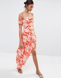 Платье макси с цветочным принтом Flynn Skye Bella - Красный