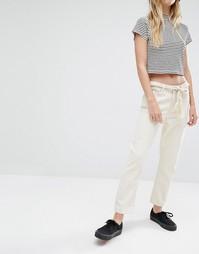 Укороченные джинсы с классической талией Weekday Ami - Left over ecru