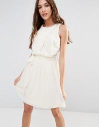 Белое приталенное платье с плиссированной юбкой Lavand - Бежевый
