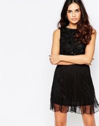 Короткое приталенное платье с декоративной отделкой A Star Is Born