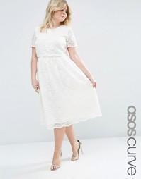 Кружевное платье миди с укороченной накладкой на топе ASOS CURVE