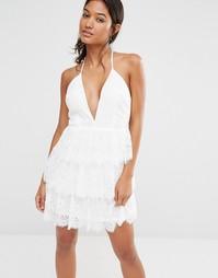 Приталенное кружевное платье с глубоким вырезом Boohoo Boutique