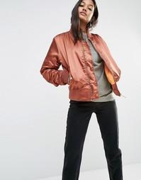 Атласная куртка-пилот Boohoo - Красно-бурый