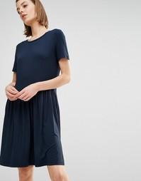 Плиссированное платье с короткими рукавами Selected Alice